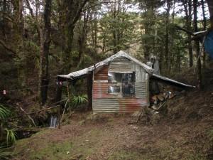 Roberts Hut (minus 5 stars)