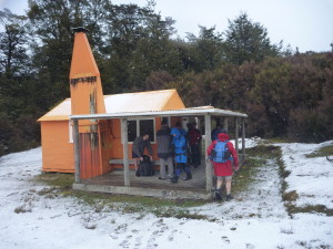 Arriving at Middle Hill Hut, in 1.5 hrs